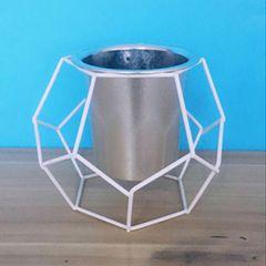 Vaso-de-Metal-e-Plastico-Prata-168cm-Matos-Urban