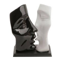 Casal-Decorativo-em-Ceramica-Kiss-Prestige