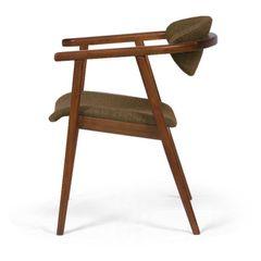 Cadeira-Decorativa-Marrom-em-Veludo-Nefertiti-083070-0.jpg