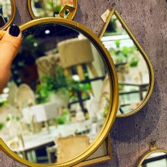 espelho-de-parede-redondo-dourado-20cm-de-metal